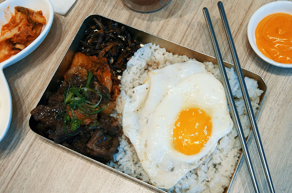 This Korean Restaurant is Taking Over The Korean Food Craze